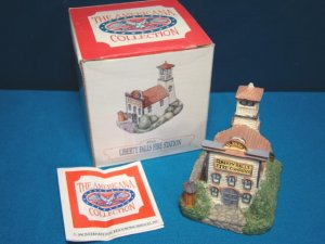 Liberty Falls Fire Station building AH10 Americana Collection 1992 Colorado resin miniature house