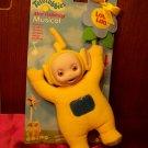 """1998 Eden TELETUBBIES LAA-LAA 9 1/2"""" Cuddly Plush with Flower Crib Stroller Attachment"""