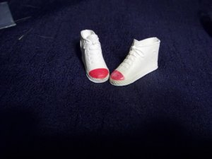 Barbie Size Flat Tennis Gym Shoes fit High Heel Vintage Contemporary Barbie Tressy White & Red Toes!