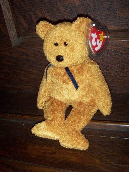 1999 Fuzz the Bear Mint Ty Beanie Baby with Tag Protector MWMT 1-01-99 Retired 12-23-99 New
