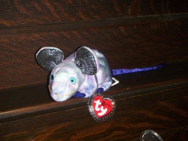 2000 Zodiac Rat Ty Beanie Baby Collectable with Tag Protector MWMT Retired