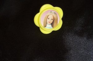 Barbie Size Picture in Yellow Frame Mini Accessory