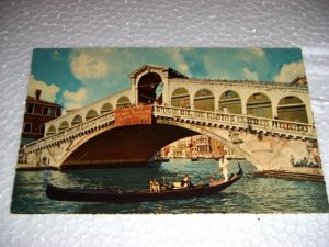 Vintage Venezia The Rialto Bridge Italian Postcard Italy International unused