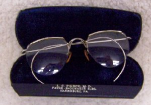 Antique Eye Glass's