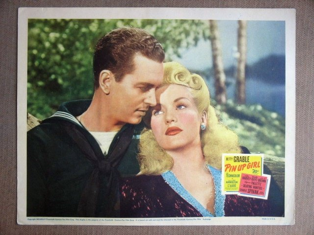 EG30 Pin Up Girl BETTY GRABLE 1944 Portrait Lobby Card
