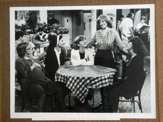 GE06 Angie DONNA PRESCOW/SUSAN DUVALL TV Still