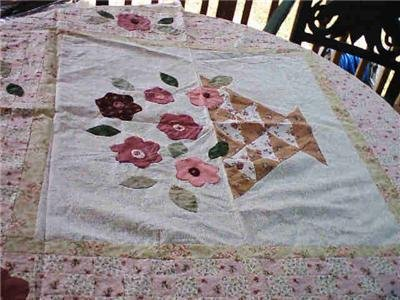 QUILT CENTERPIECE 47 x 54 FLORAL PATTERN TO FINISH