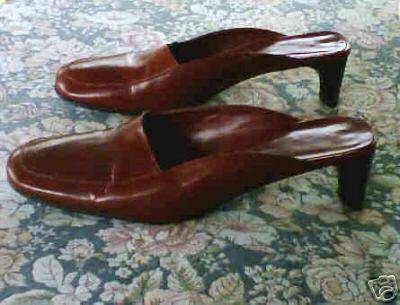 Banana Republic Burgundy Mules Shoes Heels 6.5 B