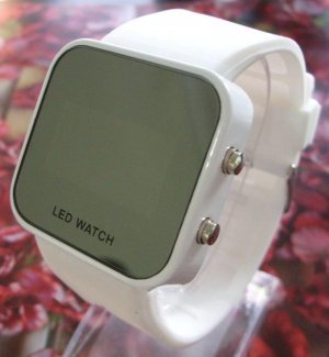 Free Shipping New Mirrored Surface LED Watch