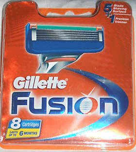 100x GILLETTE FUSION POWER 8 BLADES NEW AND SEALED