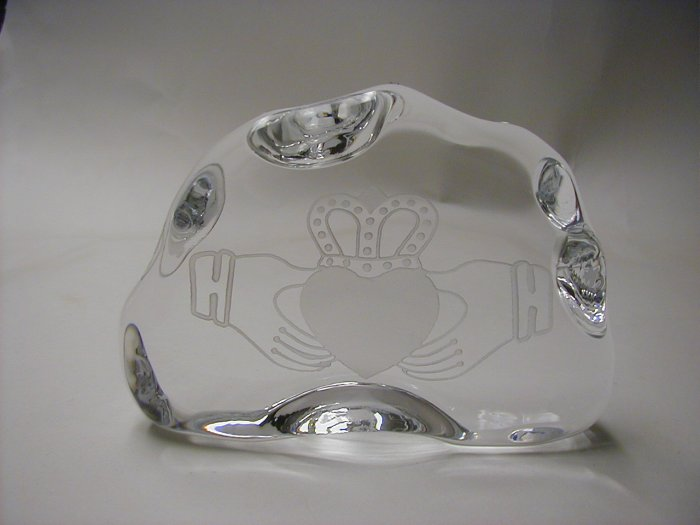 Claddagh  heart and hands paperweight