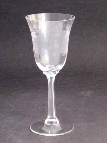 Lenox etched wine  glass Castle garden  Crystal  Made in USA Mt Pleasant PA
