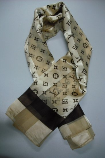 -NEW- LV Louis Voitton silk scarf ~Free Shipping~