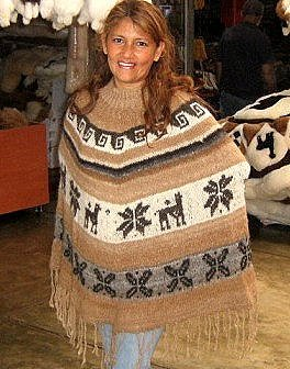 Peruvian poncho made of Alpaca Wool,outerwear