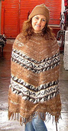 Peruvian Poncho,knitted with Alpacawool and a hat
