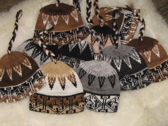 Lot of 100 woolen hats, Caps in Alpaca wool,wholesale
