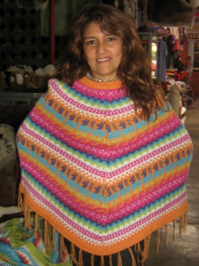 Poncho made with alpaca wool, outerwear