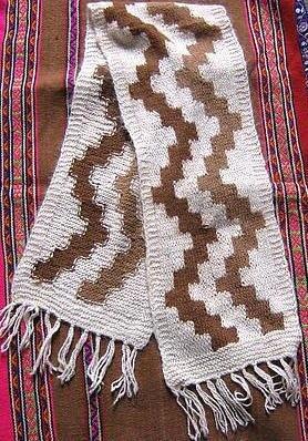 Folklorical peruvian scarf, shawl made of Alpacawool