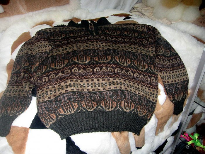 Sweater, v-neck with ziper made of Alpaca wool