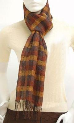 Weaved Scarf, of 70% Babyalpaca wool,30% Silk
