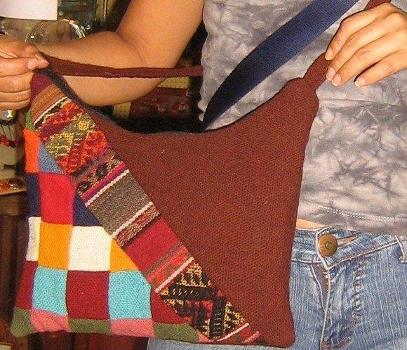 Ethnic handbag from Peru, Merino Wool