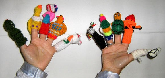 10 Finger puppets, handknitted in Peru, figures