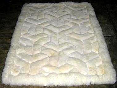White alpaca fur rug,V design throw ,59 x 43 Inches