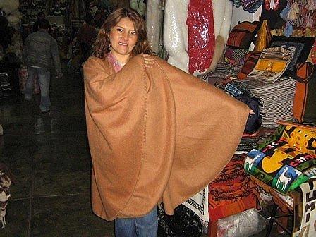 Brown alpaca fabrik Poncho,outerwear