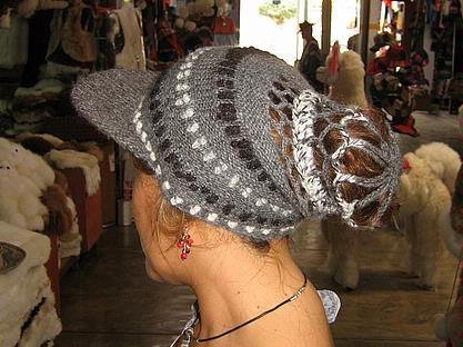 Woolen hat, peaked Cap made with pure Alpacawool