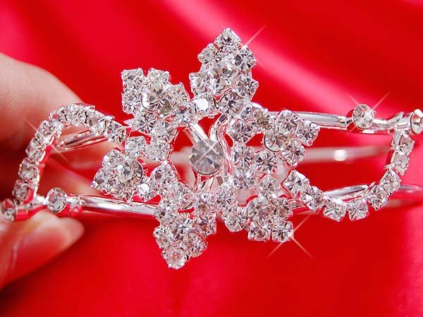 Tiaras for the Beautiful Bride SGH 063
