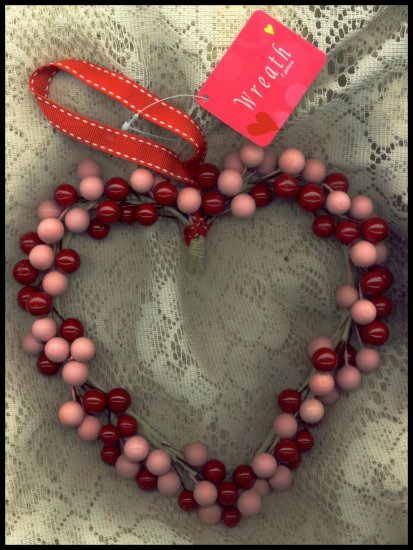 Heart Berry Shabby Cottage Style Wreath