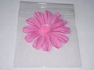 Pompomed Daisies � Pink - Small