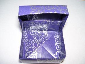 Origami boxes � Medium - Purple & Silver Square