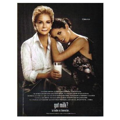 CAROLINA HERRERA & CAROLINA HERRERA DE BAEZ got milk? Milk Mustache Magazine Ad © 2009 SPANISH TEXT