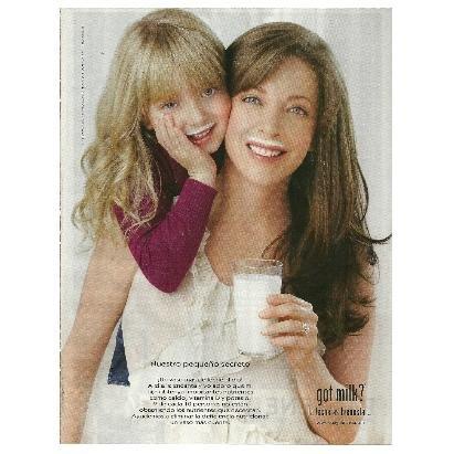 EDITH GONZ�LEZ Y SU HIJA CONSTANZA got milk? Magazine Ad © 2011 SPANISH TEXT - VERSION 1