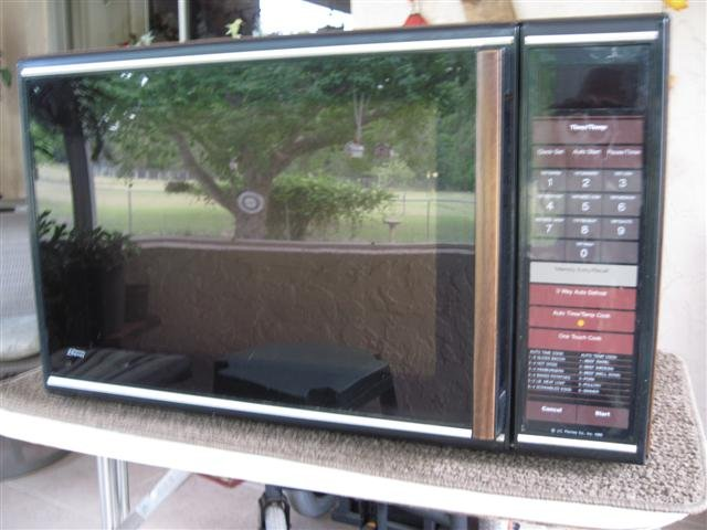 Microwave Oven $10.