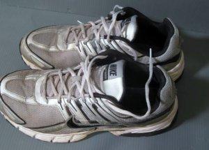Nike Air Sky Raider Running Shoes Stock # 122611N2
