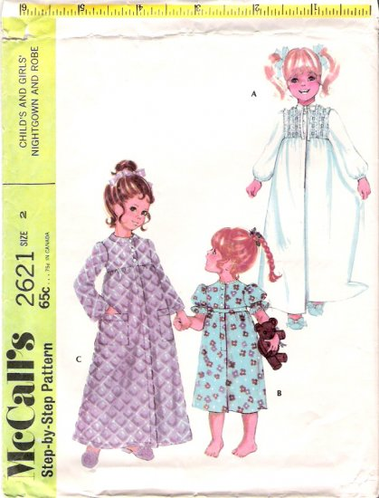 Vintage Pattern McCalls 2126 Child Nightgown and Robe 70s Size 2