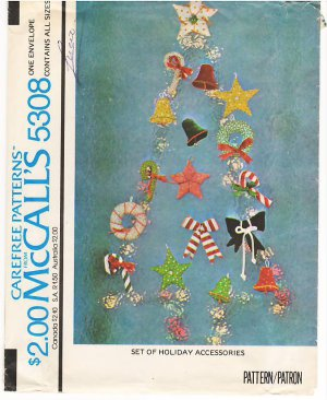Vintage Pattern McCall's 5308 Set of Holiday Accessories 70s UNCUT