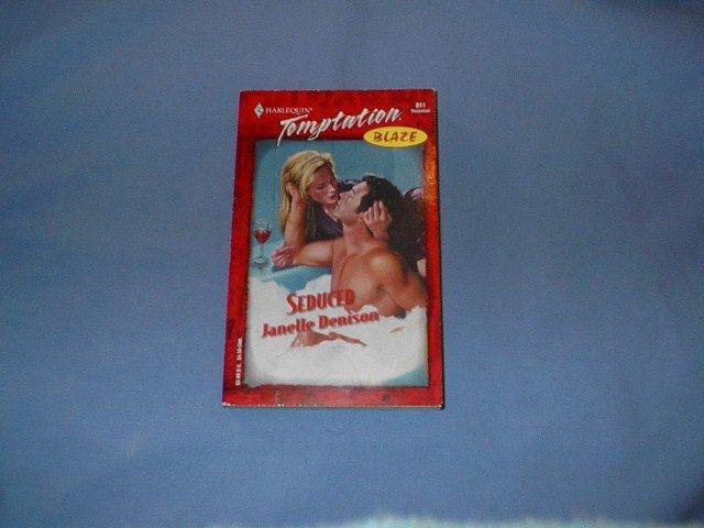 Seduced by Janelle Denison Temptation Blaze #811 Dec00