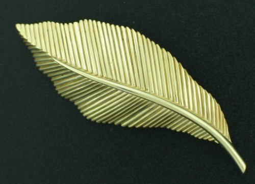Trifari Gold Tone Leaf Brooch BRO2023