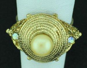 Retro Gold Tone, Faux Pearl and Rhinestone Costume Ring Rin2006