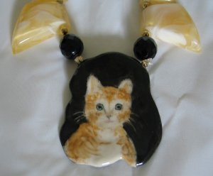 Artisan Marbled Plastic and French Jet with Hand Painted Kitten Nec2093