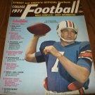 College Football Steet and Smith's 1971 Yearbook Pat Sullivan Auburn Tigers