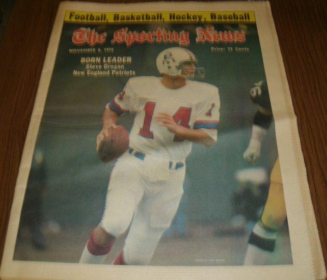 The Sporting News November 6. 1976 issue Steve Grogan New England Patriots