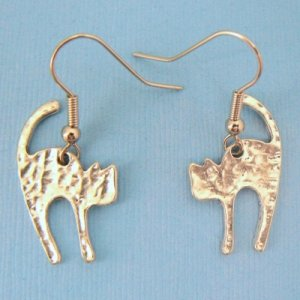Scaredy Cat Hammered Earrings - SP