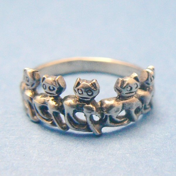 Parade of Kitty Cats Sterling Silver Ring - (Size 5)