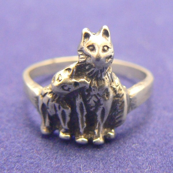 Two Kitty Cats Sterling Silver Ring (Size 8)
