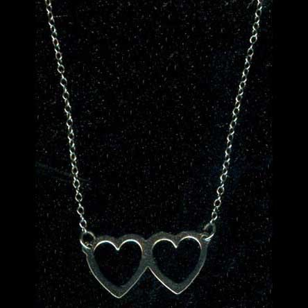 Pendant/necklace with chain: Sterling silver double heart from 1970s