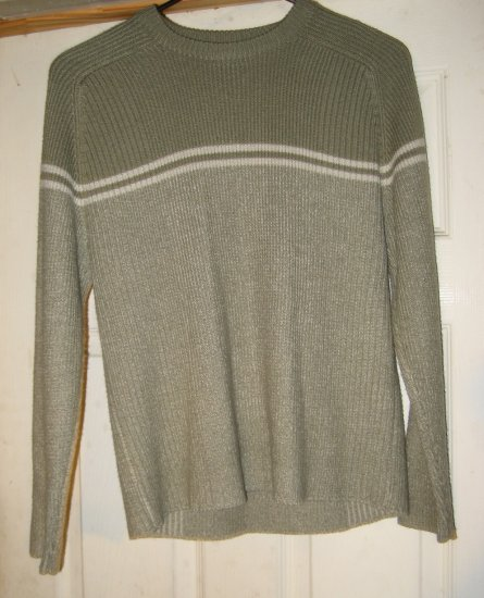 Boys Medium High Sierra pullover sweater lite olive green New No tags